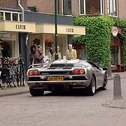 NLD/Laren/20060603 - Exclusieve Diablo in een winkelstraat in Laren