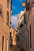SPAIN, ANDALUSIA Arcos de la Frontera white homes