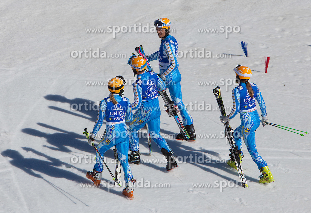 16.03.2012, Planai, Schladming, AUT, FIS Weltcup Ski Alpin, Teambewerb, im Bild das Swedische Team (SWE, Platz 4) // 4th place swedish Team during Nation Team Event of FIS Ski Alpine World Cup at 'Planai' course in Schladming, Austria on 2012/03/16. EXPA Pictures © 2012, PhotoCredit: EXPA/ Johann Groder