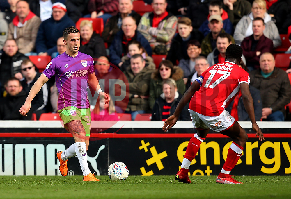 Joe Bryan of Bristol City takes on Andy Yiadom of Barnsley - Mandatory by-line: Robbie Stephenson/JMP - 30/03/2018 - FOOTBALL - Oakwell Stadium - Barnsley, England - Barnsley v Bristol City - Sky Bet Championship