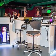 NLD/Amsterdam/20171019 - Prijsuitreiking en mini concert David Guetta, Radio538 studio