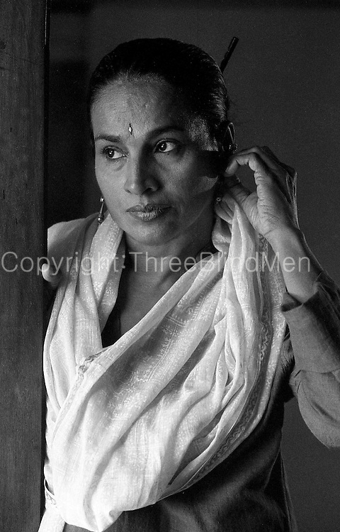 Swarna Mallawarachchi is an award-winning Sri Lankan film actress, also known as the &quot;Golden star of Sinhalese cinema&quot;. She began her acting career whilst still a schoolgirl - starring in the 1966 released Sinhalese film Sath Samudura directed by Siri Gunasinghe. During a career that spans over 40 years, Swarna has won the 'Best Actress Award' 26 times.<br />