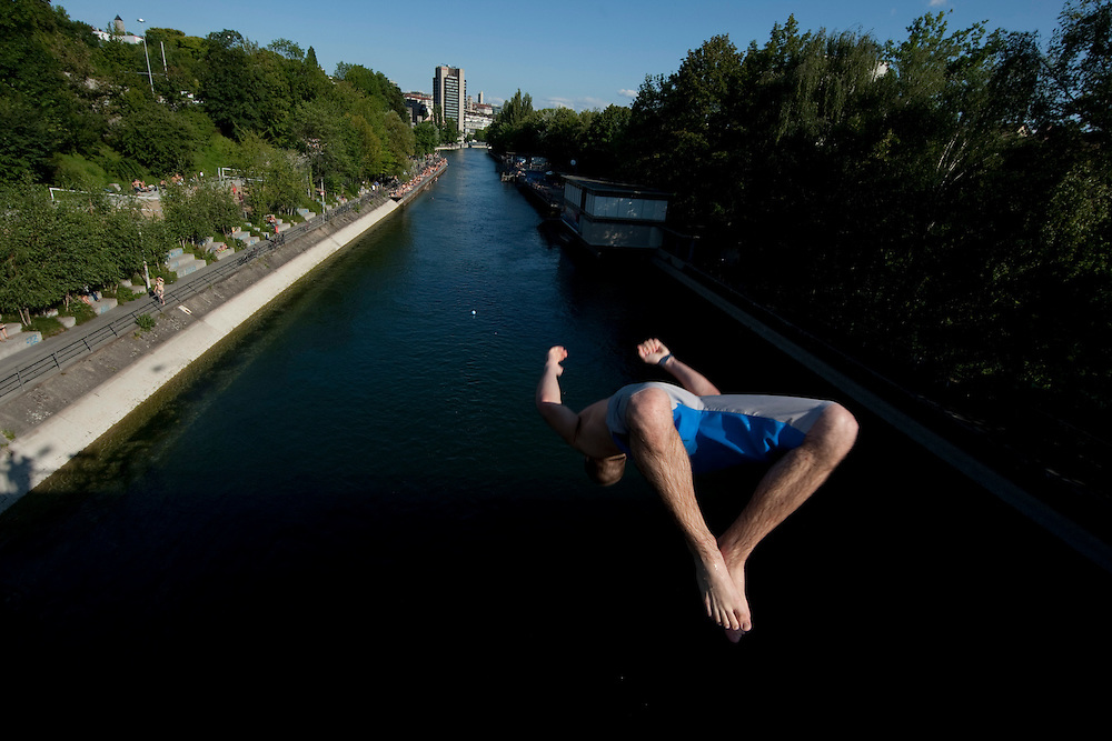 Backflip from the Kornhausbrucke in the Limmat's river next to the Flussbad Oberer Letten