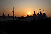 Premiere Cavalia, het showspektakel met 35 topartiesten en 50 paarden in de Big Top op P2 tegenover de Amsterdam ArenA.<br /> <br /> Op de foto: De Tent
