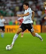 17.06.2012, Fussball Europameisterschaft 2012, Vorrunde Gruppe B, letztes Spiel, Dänemark - Deutschland, im EM-Stadion von Lviv (Lemberg, Ukraine).  Mario Gomez (Deutschland) am Ball.