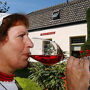 Open dag en naamonthulling gerestaureerde oude boerderij Oud Bussummerweg Bussum