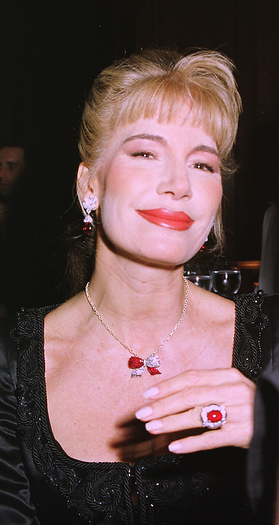 MRS DONATELLA FLICK the former wife of the Mercedes car heir, at a banquet in Surrey on 12th November 1998.MLX 73