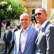 ITA/Siena/20100717 Wedding of soccerplayer Wesley Sneijder and tv host Yolanthe Cabau van Kasbergen, Robert van der Sanden en partner