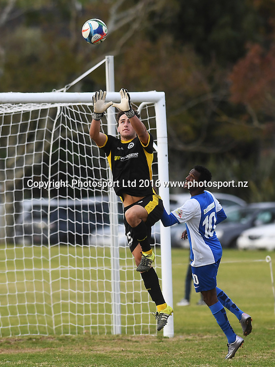 Suburbs goal keeper Zac Speedy. Chatham Cup Football, Round 2. Eastern Suburbs v Hamilton Wanderers, Madills Farm, Auckland, New Zealand. Monday 6 June 2016©Copyright photo: Andrew Cornaga/www.photosport.nz