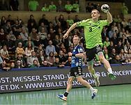 HÅNDBOLD: Carl-Emil Haunstrup (Nordsjælland) afslutter under kampen i 888-Ligaen mellem Nordsjælland Håndbold og TTH Holstebro den 28. marts 2018 i Helsingør Hallen. Foto: Claus Birch.