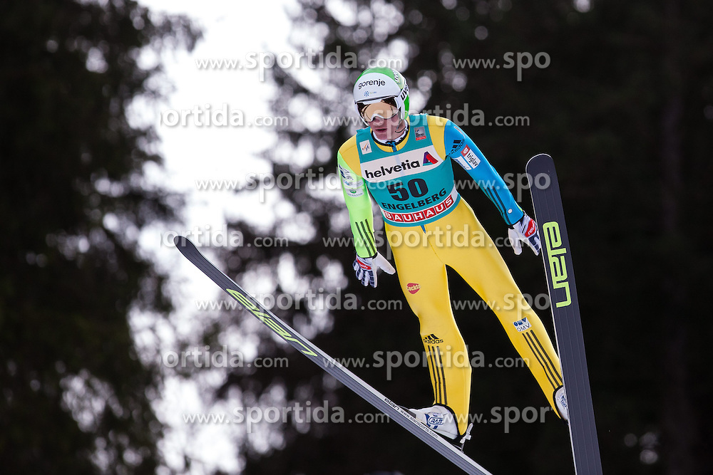 22.12.2013, Gross Titlis Schanze, Engelberg, SUI, FIS Ski Jumping, Engelberg, Herren, im Bild Peter Prevc (SLO) // during mens FIS Ski Jumping world cup at the Gross Titlis Schanze in Engelberg, Switzerland on 2013/12/22. EXPA Pictures &copy; 2013, PhotoCredit: EXPA/ Eibner-Pressefoto/ Socher<br /> <br /> *****ATTENTION - OUT of GER*****