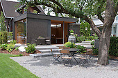 Modern Garden 395