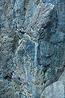 Rock wall / cliff