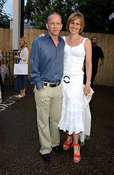 SIMON & SANTA SEBAG-MONTEFIORE at the annual Serpentine Gallery Summer Party co-hosted by Jimmy Choo shoes held at the Serpentine Gallery, Kensington Gardens, London on 30th June 2005.<br /><br />NON EXCLUSIVE - WORLD RIGHTS