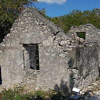 CLIFFTON SLAVE HOMES - TRAVEL STOCK PHOTOS OF THE BAHAMAS