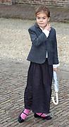 Doop Eliane van Vollenhoven<br /> Op zondagmiddag 28 maart is Eliane Sophia Carolina van Vollenhoven, dochter van Hunne Hoogheden Prins Floris en Prinses Aimée van Oranje-Nassau, van Vollenhoven in besloten kring gedoopt in de kapel van Paleis Het Loo Nationaal Museum in Apeldoorn.<br /> Dr. A. van der Meiden, theoloog en oud-hoogleraar communicatiewetenschappen, is voorgegaan in de doopdienst, die werd gehouden onder verantwoordelijkheid van de Nederlandse Protestanten Bond te Apeldoorn. /////<br /> <br /> Baptism Eliane van Vollenhoven<br /> On Sunday March 28th is Eliane Sophie Caroline van Vollenhoven, daughter of Their Highnesses Prince Floris and Princess Aimée of Orange-Nassau, van Vollenhoven privately baptized in the chapel of Palace Het Loo National Museum in Apeldoorn.<br /> Dr. A. van der Meiden, theologian and former professor of communication studies, has gone into the baptismal service, which was held under the responsibility of the Dutch Protestants Bond in Apeldoorn.<br /> <br /> Op de foto / On the Photo:<br /> <br />  Countess Eloie, daughter of Prince Constantijn and Princess Laurentien