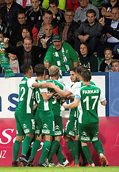 08.05.2015, Stadion der Stadt, Linz, AUT, 2.FBL, LASK Linz vs Mattersburg, während der Sky Go Erste Liga- Begegnung zwischen LASK Linz und SV Mattersburg am Freitag, 08. Mai 2015, in Linz, im Bild Torjubel SV Mattersburg nach dem 1:1 durch Markus Pink (SV Mattersburg) // during Austrian Second Football Bundesliga 32th round Match between LASK Linz and Floridsdorfer AC at the Stadion der Stadt in Linz, Austria on 2015/05/08. EXPA Pictures © 2015, PhotoCredit: EXPA/ Reinhard Eisenbauer