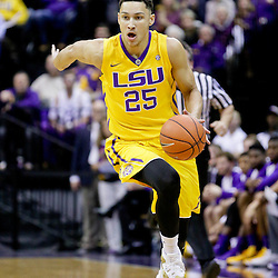 Jan 5, 2016; Baton Rouge, LA, USA; LSU Tigers forward Ben Simmons (25) drives against the Kentucky Wildcats during the first half of a game at the Pete Maravich Assembly Center.  LSU defeated Kentucky 85-67. Mandatory Credit: Derick E. Hingle-USA TODAY Sports