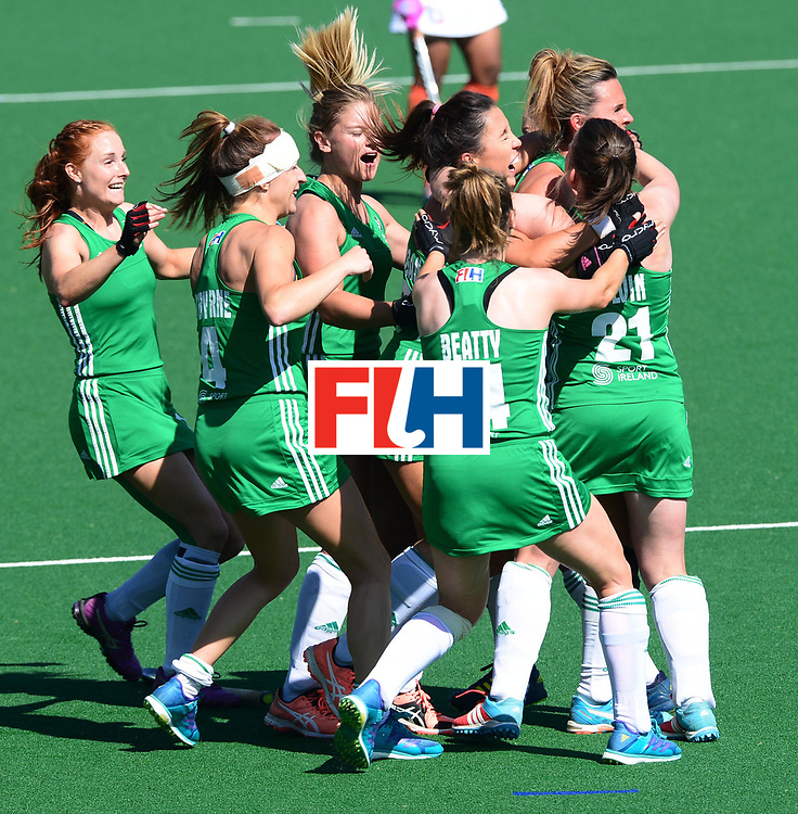 JOHANNESBURG, SOUTH AFRICA - JULY 22: Ireland celebrate during day 8 of the FIH Hockey World League Women's Semi Finals 7th-8th place match between India and Ireland at Wits University on July 22, 2017 in Johannesburg, South Africa. (Photo by Getty Images/Getty Images)