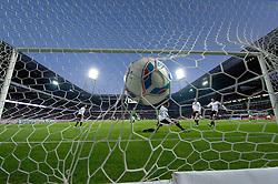 10.12.2011, Weser Stadion, Bremen, GER, 1.FBL, Werder Bremen vs VFL Wolfsburg, im Bild2 zu 0 durch Claudio Pizarro (Bremen #24) gegen Diego Benaglio (Wolfsburg #1). // during the Match GER, 1.FBL, Werder Bremen vs VFL Wolfsburg, Weser Stadion, Bremen, Germany, on 2011/12/10.EXPA Pictures © 2011, PhotoCredit: EXPA/ nph/ Kokenge..***** ATTENTION - OUT OF GER, CRO *****