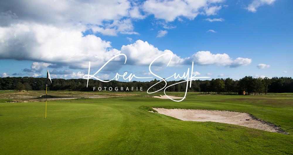 OOSTERHOUT - hole 5 Oosterhoutse Golf Club. COPYRIGHT KOEN SUYK