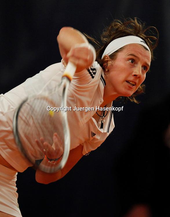 ITF Bueschl  Open 2010, ITF Women's Circuits Damen Hallen Tennis Turnier in Ismaning,.Kristina Barrois (GER),action,