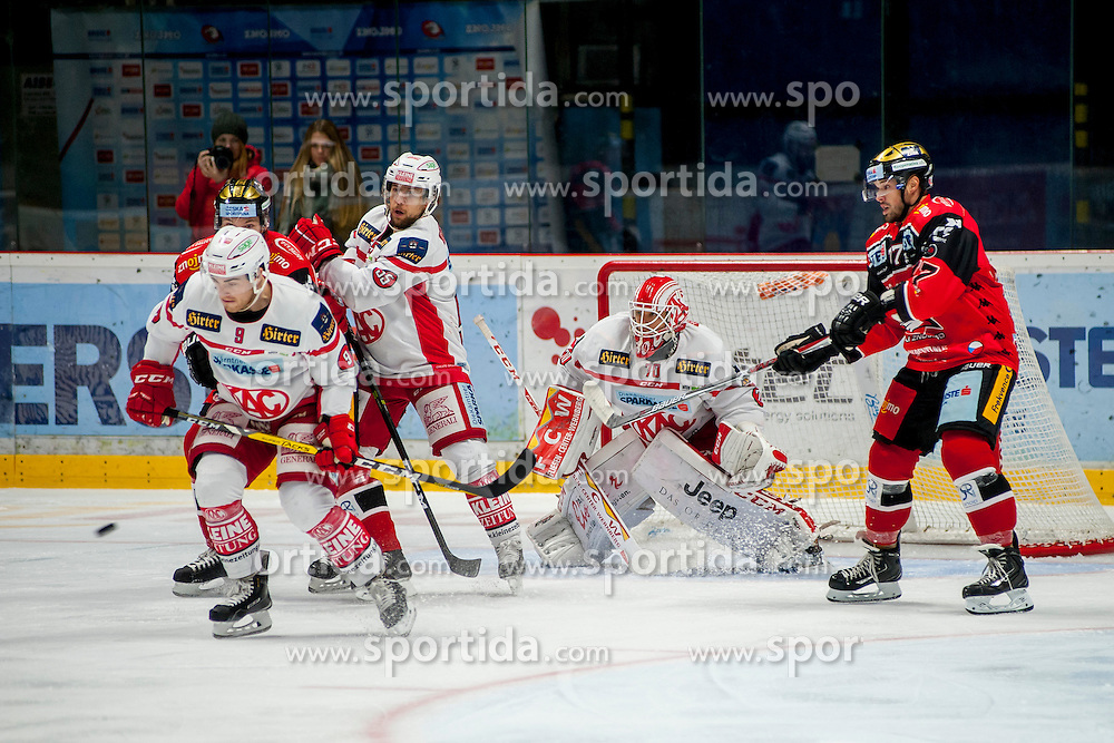 30.10.2016, Ice Rink, Znojmo, CZE, EBEL, HC Orli Znojmo vs EC KAC, 16. Runde, im Bild v.l. Matthew Neal (EC KAC) Dalibor Reznicek (HC Orli Znojmo) Mitja Robar (EC KAC) Tomas Duba (EC KAC) Teddy Da Costa (HC Orli Znojmo) // during the Erste Bank Icehockey League 16th round match between HC Orli Znojmo andEC KAC at the Ice Rink in Znojmo, Czech Republic on 2016/10/30. EXPA Pictures © 2016, PhotoCredit: EXPA/ Rostislav Pfeffer