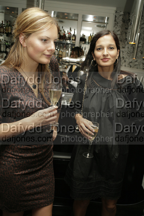 Danielle Radojcin and Yasmin Mills. The Sound of No Hands Clapping. Toby Young book launch. High Road House. Chiswick, London. 11 September 2006. ONE TIME USE ONLY - DO NOT ARCHIVE  © Copyright Photograph by Dafydd Jones 66 Stockwell Park Rd. London SW9 0DA Tel 020 7733 0108 www.dafjones.com