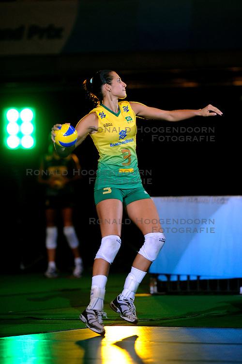 23-08-2009 VOLLEYBAL: WGP FINALS JAPAN - BRAZILIE: TOKYO <br /> Brazilie wint met 3-1 van Japan en zijn de winnaar van de Grand Prix 2009 / Danielle Lins<br /> ©2009-WWW.FOTOHOOGENDOORN.NL