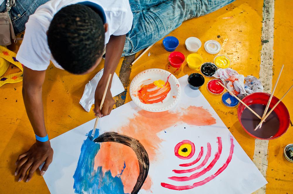 TALLER DE PINTURA DICTADO POR LA ARTISTA OLGA SINCLAIR<br /> Ciudad de Panama - Panama 14-01-2012<br /> Photography by Aaron Sosa<br /> (Copyright &copy; Aaron Sosa)