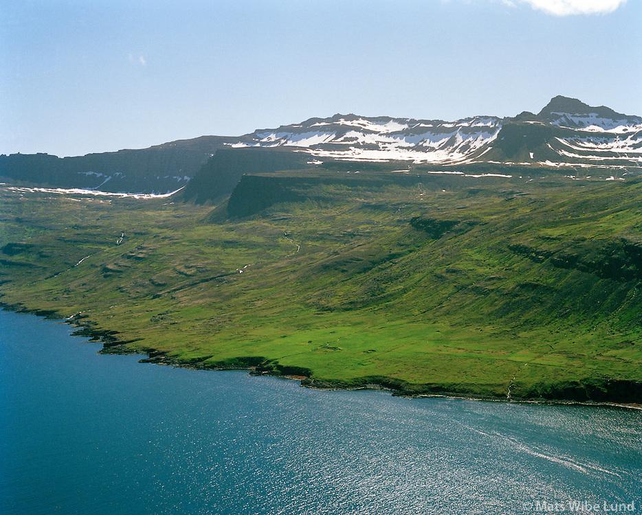 Kross séð til suðausturs, Fjarðabyggð áður Mjóafjarðarhreppur / Kross viewing southeast, Fjardabyggd former Mjoafjardarhreppur.