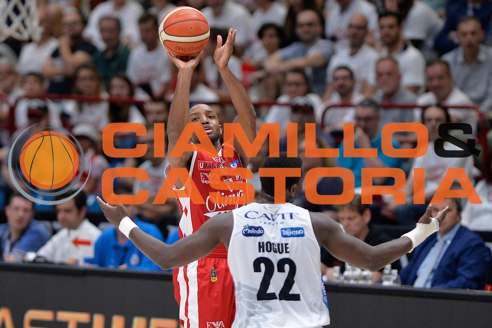 Hickman<br /> EA7 Emporio Armani Olimpia Milano - Dolomiti Energia Aquila Basket Trento<br /> Lega Basket Serie A, Semifinali Playoff 2016/2017<br /> Milano, 25/05/2017<br /> Foto Ciamillo-Castoria