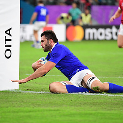 Charles OLLIVON of France runs in a try during the Rugby World Cup 2019 Quarter Final match between Wales and France on October 20, 2019 in Oita, Japan. (Photo by Dave Winter/Icon Sport) - Oita Stadium - Oita (Japon)
