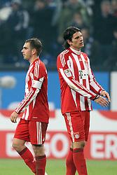 04.12.2010,  Arena Auf Schalke, Gelsenkirchen, GER, 1.FBL, Schalke 04 vs FC Bayern Muenchen, 15. Spieltag, im Bild: Philipp Lahm (Muenchen #21) (li.) und Mario Gomez (Muenchen #33) (re.) entaeuscht / entäuscht  EXPA Pictures © 2010, PhotoCredit: EXPA/ nph/  Mueller.       ****** out ouf GER ******
