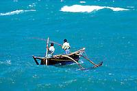 Sri Lanka - Cote Sud- Hommes sur bateau