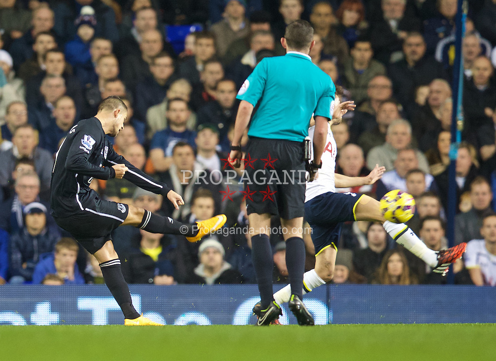 LONDON, ENGLAND - Sunday, November 30, 2014: Everton's Kevin Mirallas scores the first goal against Tottenham Hotspur during the Premier League match at White Hart Lane. (Pic by David Rawcliffe/Propaganda)