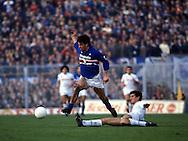 15.12.1985, Stadio Ferraris, Genova, Italy..Serie A, Sampdoria v SS Napoli..Gianluca Vialli (Sampdoria) v Ciro Ferrara (Napoli).©JUHA TAMMINEN
