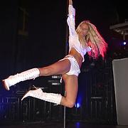 Playboy Night 2004, wereldkampioen paaldansen Denise Mulder