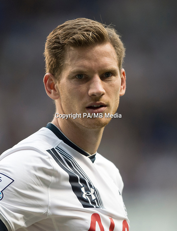 """Tottenham's Jan Vertonghen during the Barclays Premier League match at White Hart Lane, London. PRESS ASSOCIATION Photo. Picture date: Saturday August 29, 2015. See PA story SOCCER Tottenham. Photo credit should read: Anthony Devlin/PA Wire. RESTRICTIONS: EDITORIAL USE ONLY No use with unauthorised audio, video, data, fixture lists, club/league logos or """"live"""" services. Online in-match use limited to 45 images, no video emulation. No use in betting, games or single club/league/player publications."""
