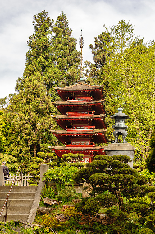 Japanese Tea Garden in San Francisco, California, in Golden Gate Park