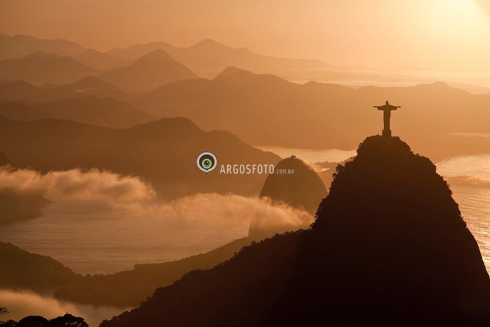 Corcovado,Cristo Redentor e  Baia de Guanabara, Rio de Janeiro /  Corcovado Hill , Christ The Redeemer and  Guanabara Bay, Rio de Janeiro, Brazil.