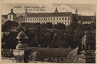 Pogled na gornji grad = Vue sur la ville haute.  <br /> <br /> Impresum[S. l. : S. n., 1929].<br /> Materijalni opis1 razglednica : tisak ; 9 x 14 cm.<br /> Vrstavizualna građa • razglednice<br /> ZbirkaGrafička zbirka NSK • Zbirka razglednica<br /> Formatimage/jpeg<br /> PredmetZagreb –– Šetalište Josipa Jurja Strossmayera<br /> SignaturaRZG-STR-12<br /> Obuhvat(vremenski)20. stoljeće<br /> PravaJavno dobro<br /> Identifikatori000952710<br /> NBN.HRNBN: urn:nbn:hr:238:725324 <br /> <br /> Izvor: Digitalne zbirke Nacionalne i sveučilišne knjižnice u Zagrebu