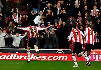 Photo: Alan Crowhurst.<br />Southampton v Norwich City. Coca Cola Championship. 16/12/2006. Saints Gareth Bale (L) runs towards the crowd after scoring 1-1.