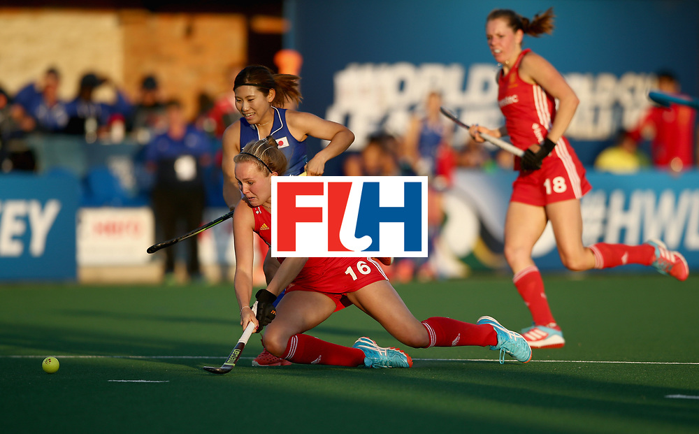 JOHANNESBURG, SOUTH AFRICA - JULY 12:  Yuri Nagai of Japan and Emily Defroand of England battle for possession during day 3 of the FIH Hockey World League Semi Finals Pool A match between Japan and England at Wits University on July 12, 2017 in Johannesburg, South Africa.  (Photo by Jan Kruger/Getty Images for FIH)