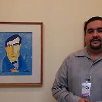 El caricaturista EDO (Eduardo Sanabria) con su muestra de caricaturas: Líneas y Colores de una Venezuela Posible, inspiradas en personajes y personalidades que han definido y reflejan lo más noble de nuestro país. XIX Feria Iberoamericana de Arte FIA 2010. Del 9 al 14 de Junio. Caracas Junio 09, 2010