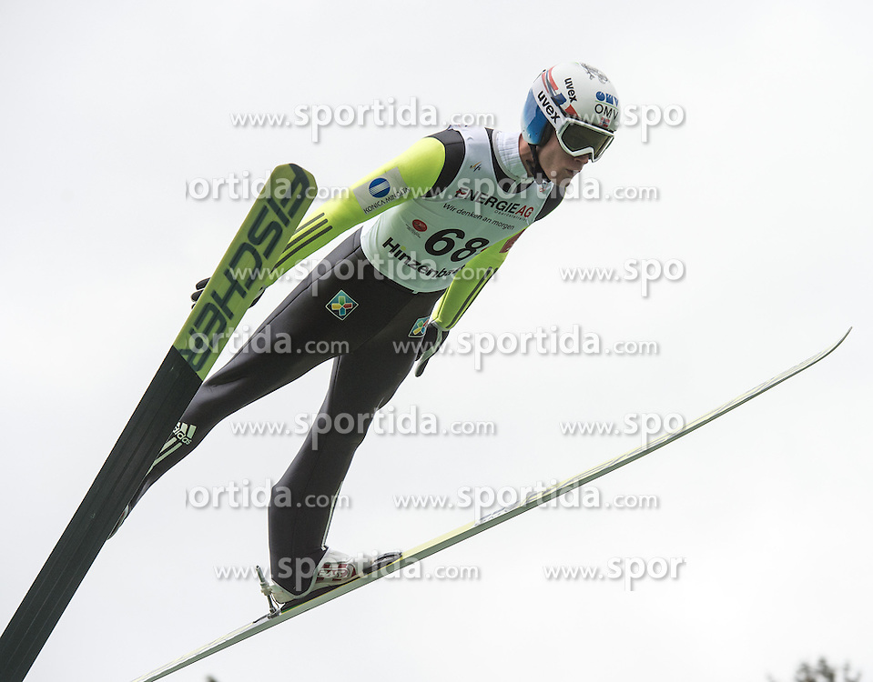 26.09.2015, Energie AG Skisprung Arena, Hinzenbach, AUT, FIS Ski Sprung, Sommer Grand Prix, Hinzenbach, Training, im Bild Kenneth Gagnes (NOR) during FIS Ski Jumping Summer Grand Prix Trainingsession, at the Energie AG Skisprung Arena, Hinzenbach, Austria on 2015/09/26. EXPA Pictures © 2015, PhotoCredit: EXPA/ Reinhard Eisenbauer