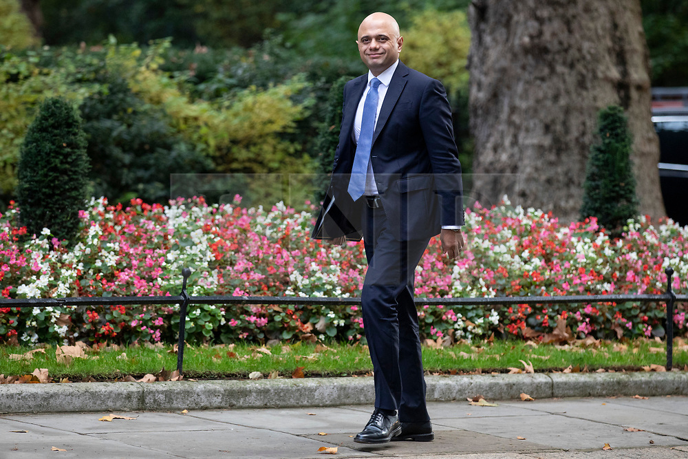 © Licensed to London News Pictures. 16/10/2018. London, UK. Home Secretary Sajid Javid arrives on Downing Street for the Cabinet meeting. Prime Minister Theresa May faces a possible rebellion from members of the Cabinet over her plans for Brexit. Photo credit: Rob Pinney/LNP