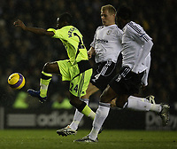 Photo: Steve Bond/Sportsbeat Images.<br />Derby County v Chelsea. The FA Barclays Premiership. 24/11/2007. Shaun Wright-Phillips (L) bursts between Claude Davis (R) and Jay McEveley (C)