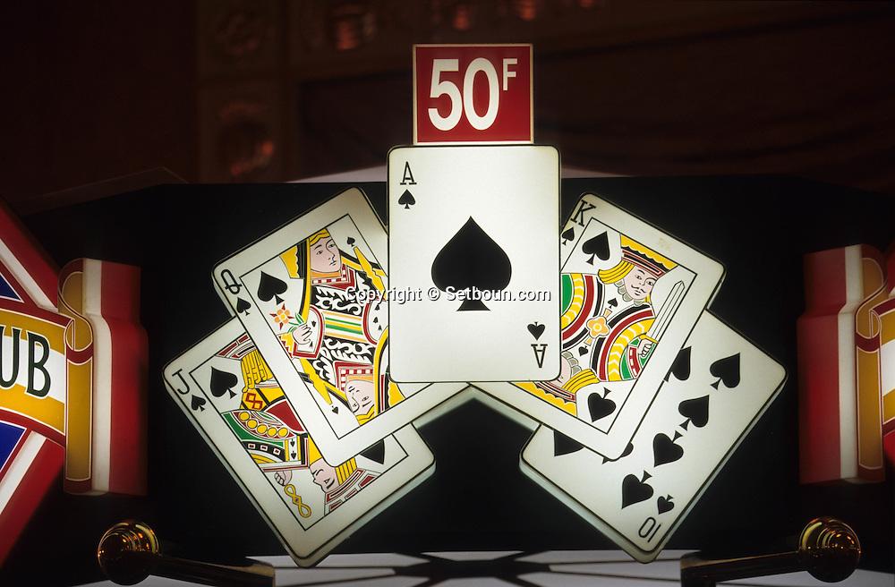 Monte Carlo casino, poker games    Monaco     Casino de Monte Carlo, Machine ? sous; poker    Monaco   R20102/    L3454  /  P103227