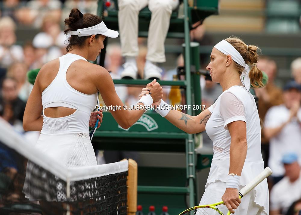 SVETLANA KUZNETSOVA (RUS) gratuliert der Siegerin  GARBI&Ntilde;E MUGURUZA (ESP)<br /> <br /> Tennis - Wimbledon 2017 - Grand Slam ITF / ATP / WTA -  AELTC - London -  - Great Britain  - 11 July 2017.